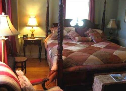 фото Bursley Manor Bed & Breakfast 737770194