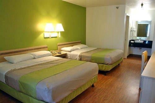 фото Motel 6 Dallas - Plano Northeast 739910276