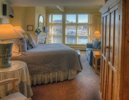 фото Steamboat Inn 742665251