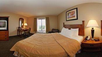 фото Comfort Inn & Suites Blue Ridge 744216185