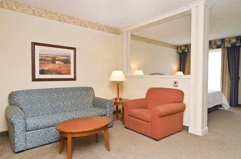 фото Hilton Garden Inn Wooster 750249744