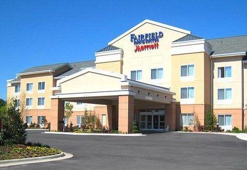 фото Fairfield Inn & Suites by Marriott Wilson 750271108