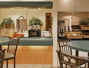 фото Baymont Inn & Suites Springfield South 750288711