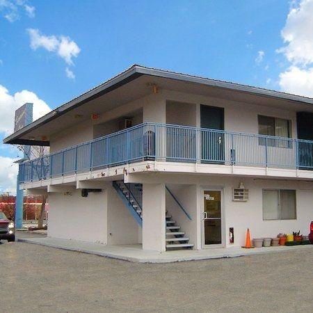 фото Economy Inn 750385025