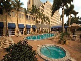 фото Hilton Deerfield Beach Hotel 750842275