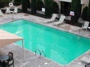 фото La Quinta Inn Hotel 750843059