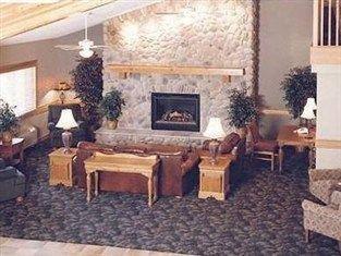 фото AmericInn Hotel & Suites Stillwater 750858129