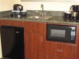 фото Embassy Suites Hotel Winston-Salem - NC 750858827