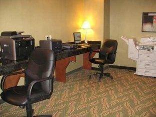 фото Embassy Suites Hotel Winston-Salem - NC 750858828