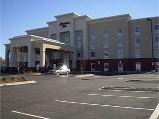 фото Hampton Inn Statesville - NC Hotel 750876960