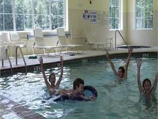фото Hampton Inn & Suites Cashiers-Sapphire Valley - NC Hotel 750878338