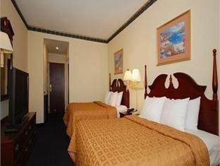 фото Comfort Inn & Suites Ft.Jackson Maingate 750885201