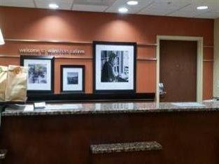 фото Hampton Inn and Suites Winston Salem 750921584