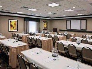 фото Hampton Inn And Suites Saginaw 750974189