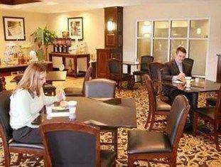 фото Hampton Inn Statesville - NC Hotel 751474596