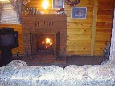 фото Golden Bear Cottages 751585238