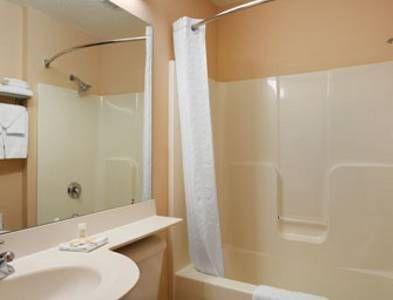 фото Microtel Inn & Suites by Wyndham Olean 751801148