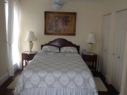 фото Victorian Bed & Breakfast 757849947