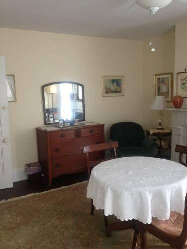 фото Victorian Bed & Breakfast 757849948