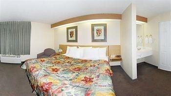 фото Sleep Inn Tinley Park 758956321