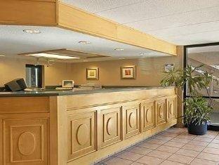 фото Red Roof Inn  Hotel 762010720