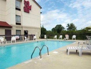 фото Red Roof Inn Fayetteville Hotel 762035999