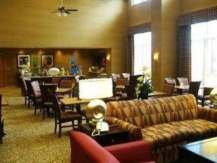 фото Hampton Inn & Suites Largo 762076685