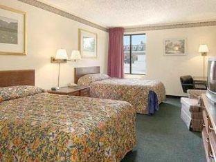 фото Waldorf-Days Inn Hotel 762281014