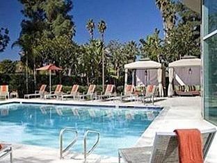 фото Marriott Warner Center Woodland Hills Hotel 762286400