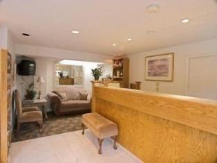 фото Best Western CarmelS Town House Lodge Hotel 762297013