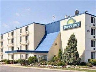 фото Days Inn Plymouth Hotel 762304298