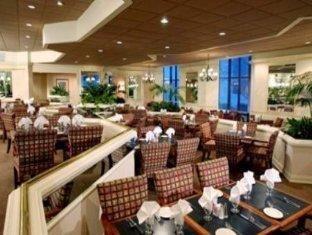 фото Sheraton Charlotte Airport Hotel 762304759