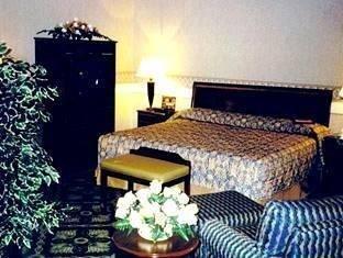 фото Holiday Inn Rocky Mount Hotel 762309061