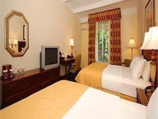 фото Clarion Hotel & Suites Hamden-New Haven 762330028