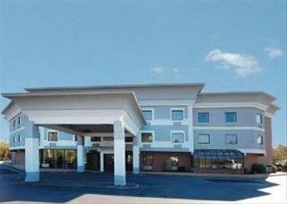 фото Comfort Suites Newark 762375788
