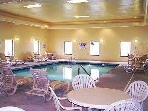фото Hawthorn Suites by Wyndham Charleston 762549726