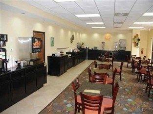 фото La Quinta Inn and Suites Conover 762904192