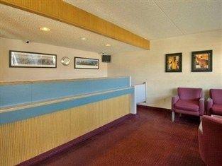 фото Red Roof Jackson North Ridgeland Hotel 762921016