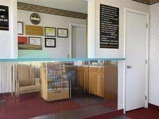 фото Super 8 Motel Fredericksburg South 762945283