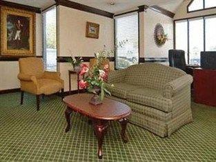 фото Econo Lodge Hotel 762991101