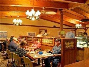 фото Americas Best Value Inn Iola 763070866