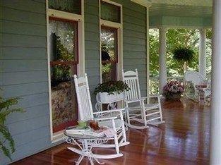 фото Inn at Iris Meadows 763478622