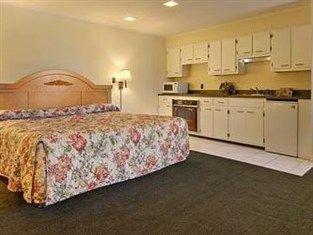 фото Super 8 Motel Florence 763483350