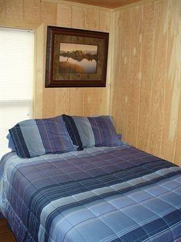 фото Yellowstone Victorian Inn 763887323