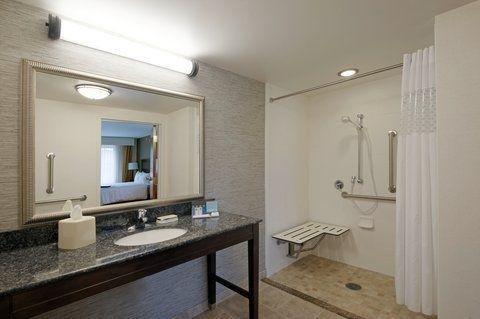 фото Hampton Inn & Suites Lakes Placid 765901234