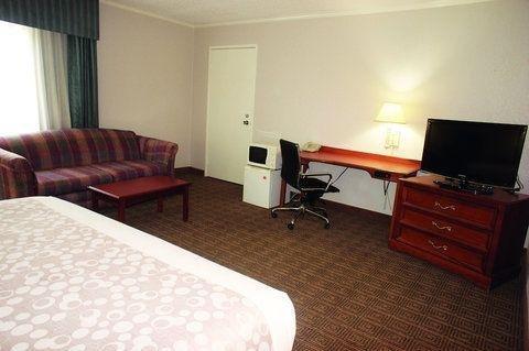 фото La Quinta Inn Detroit Canton 766538143
