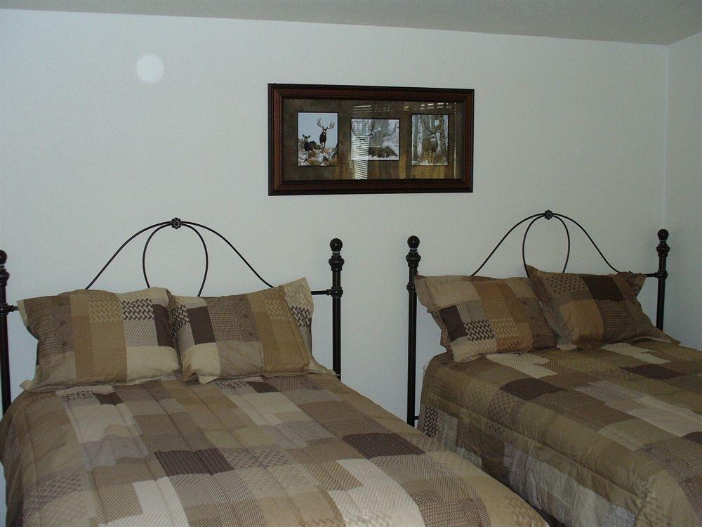 фото Yellowstone Condo Suites 766780259