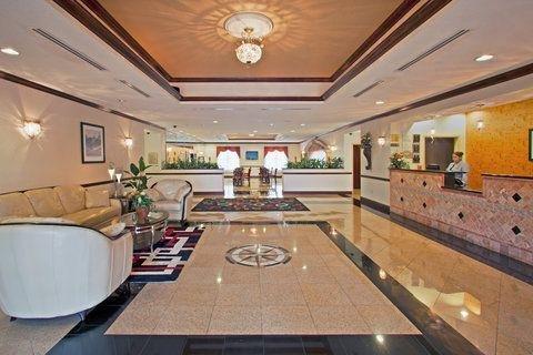 фото La Quinta Inn & Suites Tampa Central 768102029