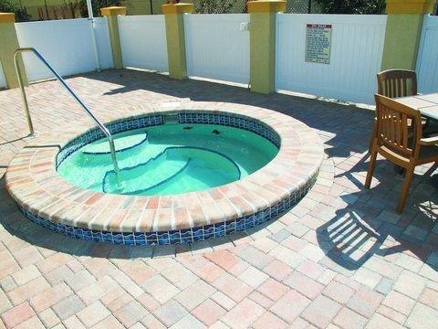 фото La Quinta Inn & Suites Tampa Central 768102038