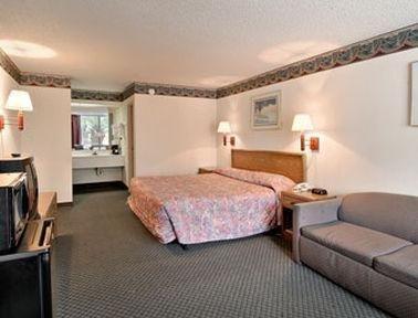 фото Orangeburg - Days Inn South 769455519